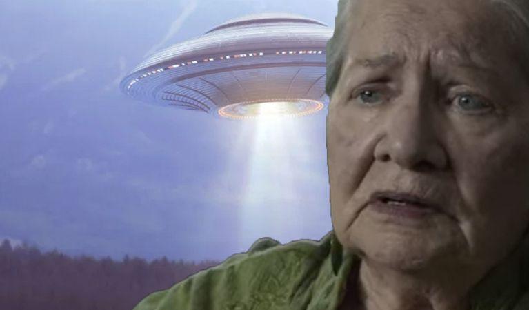 ดูหนังออนไลน์ สิ่งที่ไม่ได้รับการแก้ไขลึกลับออกมาเกี่ยวกับปรากฏการณ์ Berkshires UFO