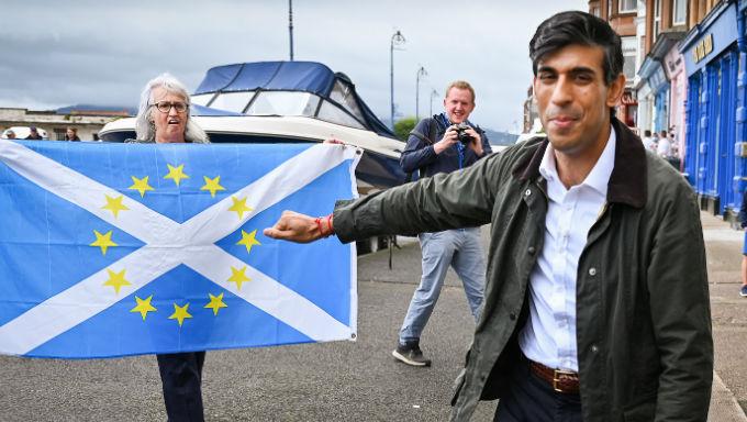 การชุมนุมในสกอตแลนด์ช่วยลดโอกาสที่ผิดพลาดของ Rishi Sunak เล็กน้อย