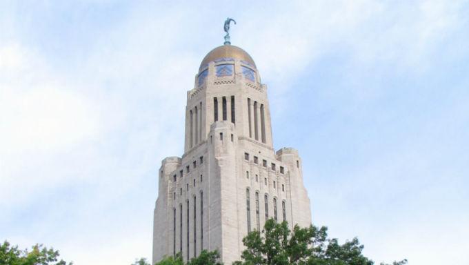 ศาลฎีกา ของรัฐเนแบรสกาอนุญาตให้เรียกเก็บเงินจากการเล่นเกมคาสิโนในบัตรเลือกตั้ง