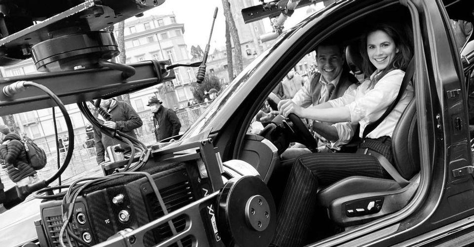 ดูหนังออนไลน์ Hayley Atwell จาก Mission Impossible 7 ได้รับบทเรียนการขับรถจาก Tom Cruise